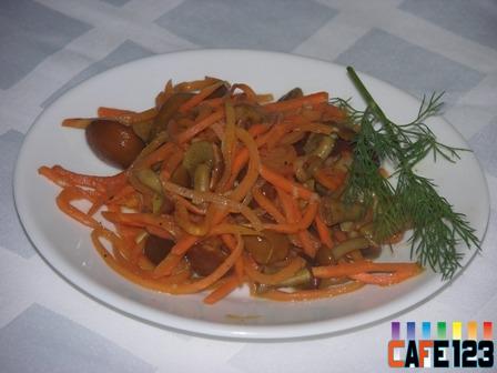 Салат с морковкой по-корейски с грибами